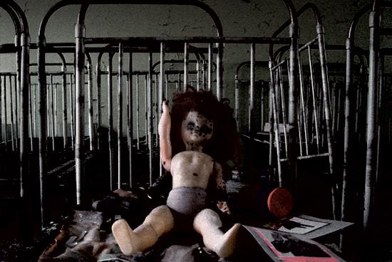 Чернобыльская катастрофа классный час.  Слайд 17.